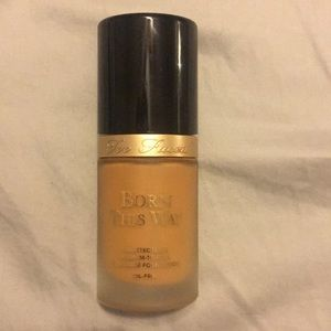 Born this way too faced foundation in warm sand